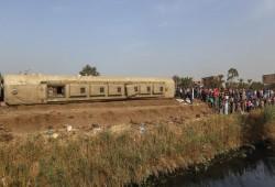 هجوم على نظام الانقلاب و #كامل_الوزير بعد حادث #قطار_طوخ