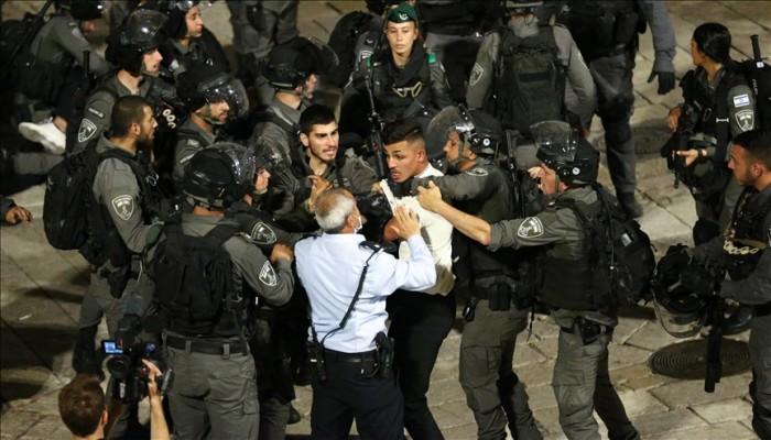 """""""باب العامود"""".. مواجهات جديدة والاحتلال يعتقل 3 فلسطينيين"""