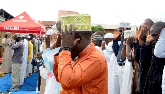اغتيال ممثل الجالية الإسلامية في الكونغو علي أميني أثناء الصلاة