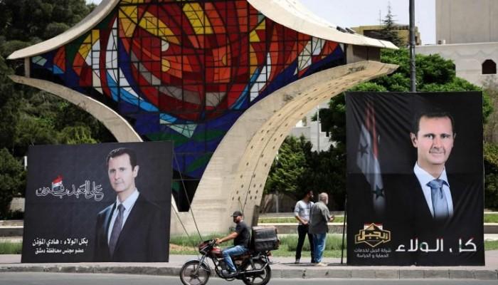 إيكونوميست: طغاة العرب يختارون منافسيهم في الانتخابات على طريقة بشار والسيسي