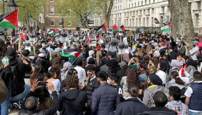 الآلاف يحتشدون في مظاهرة كبرى بلندن دعما للقدس وتنديدا بجرائم الصهاينة