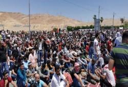 مظاهرات حاشدة في الأردن ومسيرة ضخمة بالقرب من الحدود الفلسطينية