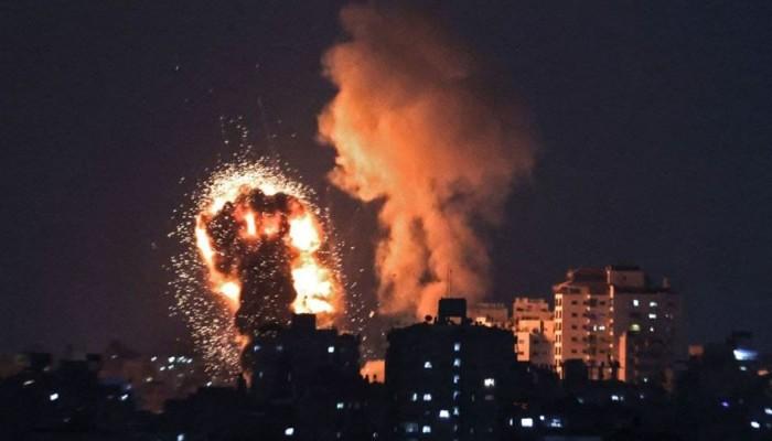 3 شهداء وعشرات الجرحى بغارات وحشية للعدو الصهيوني على غزة