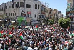 مسيرات حاشدة في الضفة وأراضي 48 تنديدا بالعدوان الصهيوني