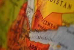 اليمن.. التحقيق في إنشاء قاعدة عسكرية غامضة بجزيرة ميون