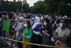 كندا.. مسيرة حاشدة ضد قتل أسرة مسلمة دعسا بشاحنة