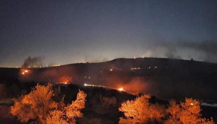 """شباب فلسطينيون يشعلون النار في """"كرفان"""" للمستوطنين على جبل صبيح"""