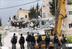 جيش الاحتلال الصهيوني يهدم 6 منشآت فلسطينية بالضفة
