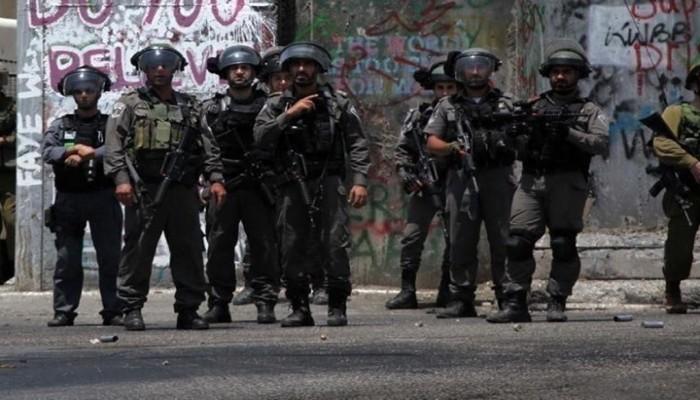 اعتقالات واسعة بالضفة.. ومواجهات وإطلاق نار على الاحتلال بجنين
