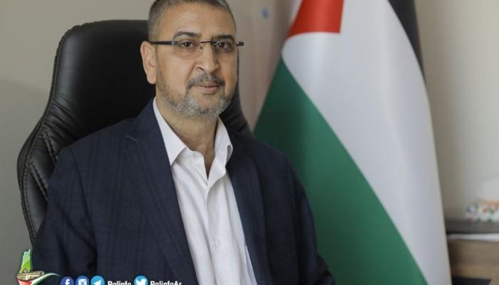 أبو زهري: اغتيال الناشط نزار يعكس دموية السلطة في تصفية الحسابات