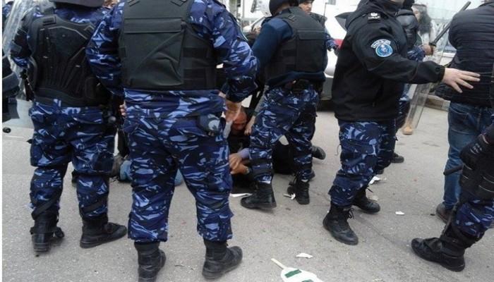 تفاصيل اغتيال الناشط نزار على يد السلطة الفلسطينية