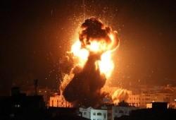 طائرات العدو الصهيوني تقصف موقعين في غزة