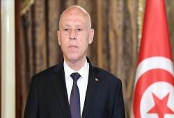 تونس.. تواصل إجراءات الانقلاب بإقالة رئيس الحكومة ووزيري الدفاع والعدل