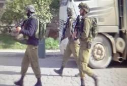 مواجهات واشتباكات مسلحة خلال اقتحامات الاحتلال بالضفة