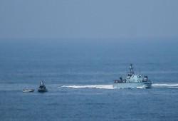 الاحتلال الصهيوني يعتقل صيادين في بحر شمال القطاع