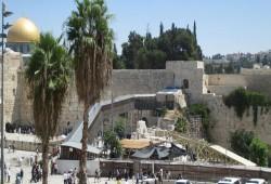 الاحتلال يعتزم إحداث تغييرات في جسر المغاربة بالأقصى