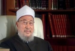د. يوسف القرضاوي: أنصح بأخذ الفتوى من العالِم الراسخ القوي في دينه