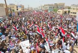 اليمن.. عدن تواصل المظاهرات لليوم الثاني رفضا لسيطرة الانفصاليين